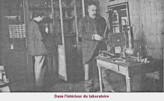 Dans l'intérieur du laboratoire. — Avant de commencer les expériences.